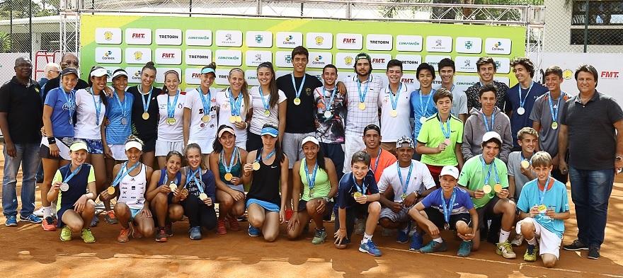 Carolina Laydner vence a final da categoria 12 anos do Campeonato Brasileiro 2017
